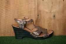 CLARKS Bendables 'Luster Weave' Bronze Leather T-Strap Wedge Sandals Sz. 9.5 M