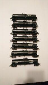 Atlas HO Train Lot of 7 Honeymead 60' ACFX Tanker Cars RTR