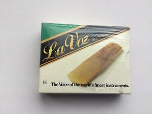 La Voz Tenor Saxophone Reeds Box of 10 Hard