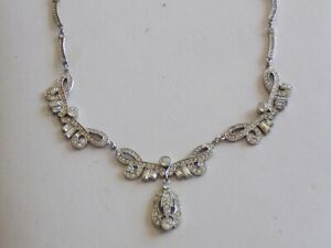 Stunning & Poignant Rhodium Plated & Paste Stone Vintage 30/40s Evening Necklace