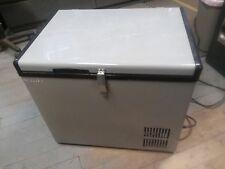 EdgeStar FP430 Wide 1.4 Cu Ft 12V DC Portable Fridge/Freezer (pit)