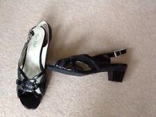 womens Van Dal shoes size 7
