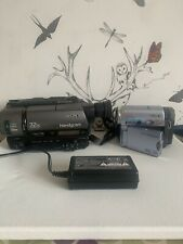 Sony DCR-TRV14E & CCD TR640E Handycam Camcorder , Mini DV / 8mm Bundle 1 Charger