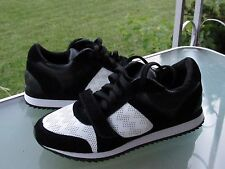CHARLES DAVID Women's Black Suede Leather Lace up Fashion Sneakers, size 7 new