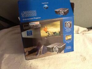 Excelvan Portable HD LED Projector Cinema Theater PC&Laptop VGA/USB/SD/AV/HDMI