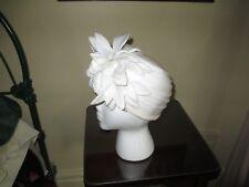 Vintage Designer 1940s White Floral Skull / Fascinator Hat ~ Very Nice!