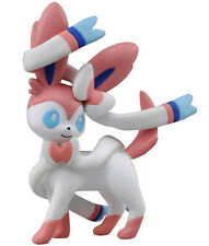 Takaratomy Pokemon Sun & Moon Mini MC-026 Sylveon Figure