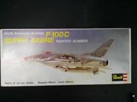F - 100, C, SUPER SABRE, U.S. Jagdbomber, Revell, Scale:1/72, Kit: H-127, Selten
