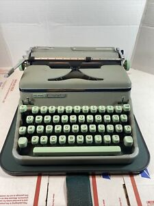 Hermes 2000 portable typewriter with case sea foam green Sold As Is.  D2*