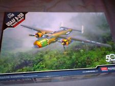 ACADEMY 1/48 SCALE WWII USAAF B-25D MITCHELL ''PACIFIC THEATRE'' BOMBER KIT12328