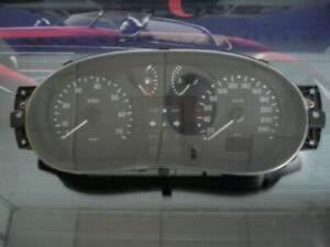 Cuadro de instrumentos / Renault Kangoo P7700428508 7700428508