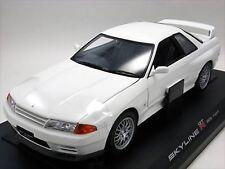Kyosho Original 1/18 Skyline GT-R (R32) V-spec II (White) Model Car