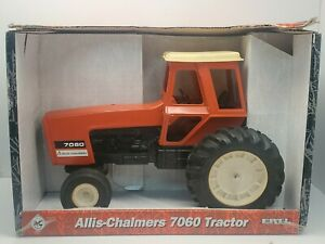 Allis-Chalmers 7060 Black Belly Tractor With Cab By Ertl 1/16 Scale
