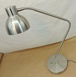 ARCADIA COLLECTION LED DESK LAMP, MODEL AF37358, SILVERTONE