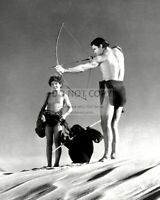 "JOHNNY WEISSMULLER IN ""TARZAN'S DESERT MYSTERY"" - 8X10 PUBLICITY PHOTO (AB-197)"
