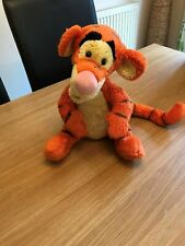 Talkind And Bouncing Tigger Soft Toy 18 inches (10)