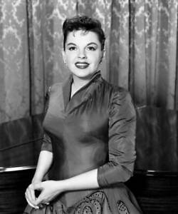 OLD CBS TV RADIO PHOTO Judy Garland in the The Judy Garland Special TV Show 5