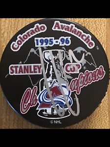 ADAM FOOTE SIGNED COLORADO AVALANCHE 1996 STANLEY CUP CHAMPS HOCKEY PUCK w/ COA