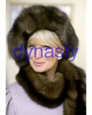 DYNASTY #6822,LINDA EVANS wrapped in fur coat,8x10 PHOTO,closeup,THE COLBYS