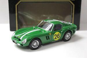 1:18 Bburago Ferrari 250 GTO 1962 green #26