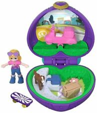 Mattel Polly Pocket FRY30 Tiny Places Picnic Compact Playset
