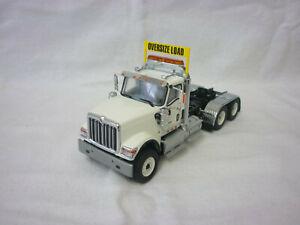 Diecast Masters Modern Truck/Heavy Haulage International HX520 Plain White