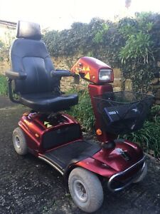 Rascal TE-588D Mobility Scooter Captains Chair 4mph BRAND NEW BATTERIES FITTED
