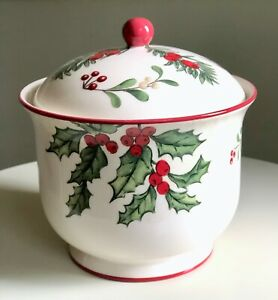 Better Homes & Gardens Heritage Candy Dish WINTER FOREST Holly Pine Covered Jar