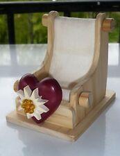Repose téléphone cœur en bois