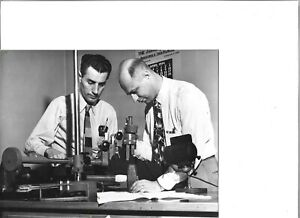 1954 Press Photo Cleveland OH Detectives Roubat And Andes New Microscope 1917