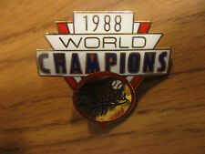"New In Pkg Vintage 1988 LOS ANGELES DODGERS World Champions 1 1/4"" Wide Pin #1"