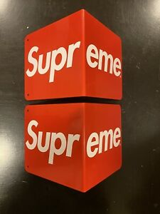 100% AUTHENTIC (2) SUPREME BOOKENDS RED BOX LOGO FW17