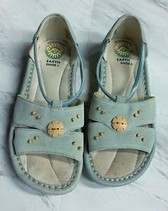 Earth Shoes 7 1/2 WIDE Leather Sandals Shoes Blue  EUC