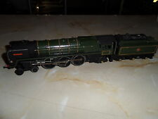 OO TRIANG R259 BR GREEN CLASS 7MT 70000 BRITANNIA  LOCO & TENDER, GOOD CONDITION