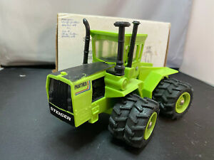 Ertl Steiger Panther 3093 Articulated Farm Tractor 1/32 Rare Plastic Model Toy