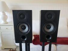 New listing Elac Debut 2.0 B5.2, 2-Way Bookshelf Speakers, Black (Pair) Used