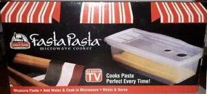 FASTA PASTA MICROWAVE COOKER, COOKS PASTA PERFECT EVERY TIME  THE ORIGINAL   NEW