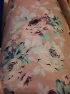 Pink flowery mixed fibre fabric