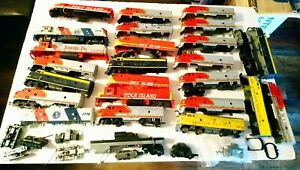 Tyco/AHM etc HO Train Large Lot of 20+ Diesel Locomotives For Parts and Repair