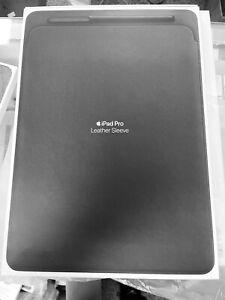 "Apple Leather Sleeve for 12.9""  iPad Pro - Black MQ0Q2ZMA. Rare!"