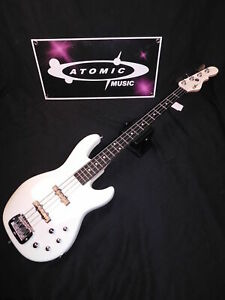G&L MJ-4 CUSTOM Jazz Style Bass - White - George and Leo - WITH CASE!!!
