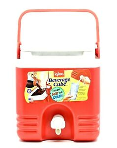 Igloo Products Corp (1 Gallon ) Seat Top Beverage Jug with spigot