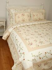 King Quilt French Country Embroidered Tea Rose Rosebuds Cottage Chic