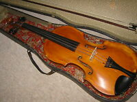 old damaged 4/4 Violin  violon with a nice, high arched 1 part back!