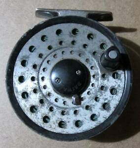 Vintage Diawa 231 Fly Fishing Reel & Line Angling/Tackle/Trout/Salmon