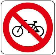 ADESIVO Vietato introdurre biciclette 120x120 mm.