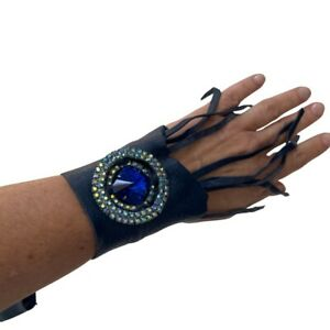 Hand Crafted Leather Cuff Vintage Brooch Detail
