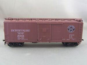 Athearn - Southern Pacific - 40' Wood Box Car + Wgt # 38366 w/Kadees