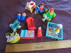 Vintage Classic Fisher Price Little People 8 Nursery Ride and 5 People Lot NR