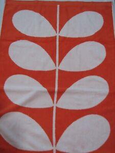 Orla Kiely House Bath Towel Jacquard Stem Clementine